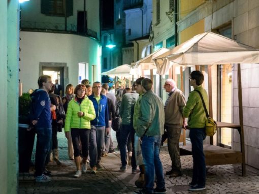 WALKING-TOUR TIRANO BY NIGHT