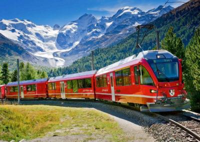 Acquista il biglietto per il Trenino Rosso del Bernina